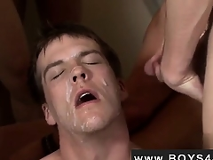 Hot twink Avery is your norm California boy... Erotic eyes,