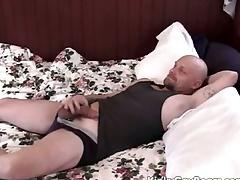 Chubby daddy bear fucks a younger defy