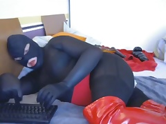 camplaysession 2 P8 catsuit and red overknees,bj dldo cum