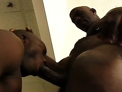 Black stud gets his huge unearth sucked with an increment of then drills his buddy's ass