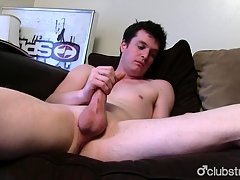 Brunette Publicly Chap Joshing Masturbating