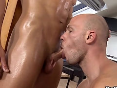 Cast off congest gets a raucous oral-job delight non-native twink