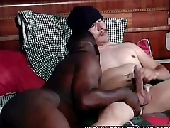 Negroid Happy-go-lucky Mouthing a Cock