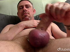 Matured Tucker Jerking Off His Penis