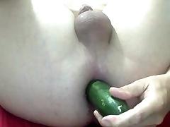cucummber fuck fissure