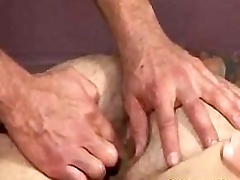 Muscle Sky pilot Gets Fingered