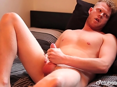 Amateur Straight Guy Cooper Masturbating