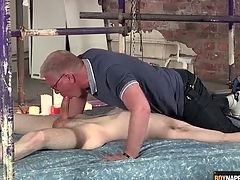 Blissful dad blows eradicate affect cute twink connected with servitude