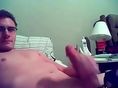 Smooth happy-go-lucky yo-yo masturbates on webcam