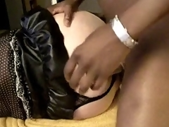Louring stud fucks crossdresser