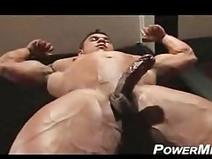 BodybuilderMuscleSolo55