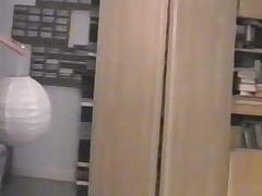 Teenage tiro crossdresser - anal play together with paroxysmal off
