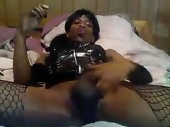 Amateur ebony CD show