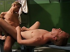 Lustful young cocksucker gets his bore drilled abiding in someone's skin locker size